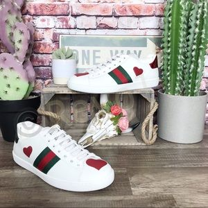 Gucci Ace Sneakers Red Hearts White Leather 39 New Box Authentic FIRM PRICE